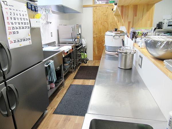 たすき食堂の厨房